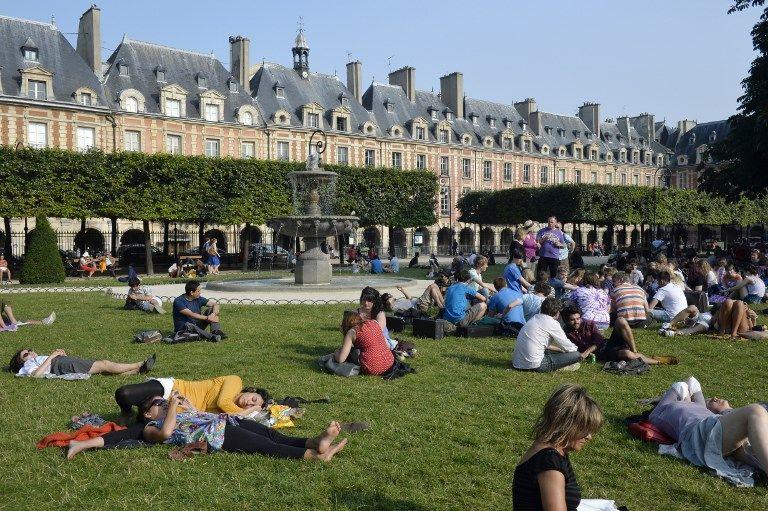 La cigarette bientôt interdite dans quatre parcs parisiens avant une possible généralisation