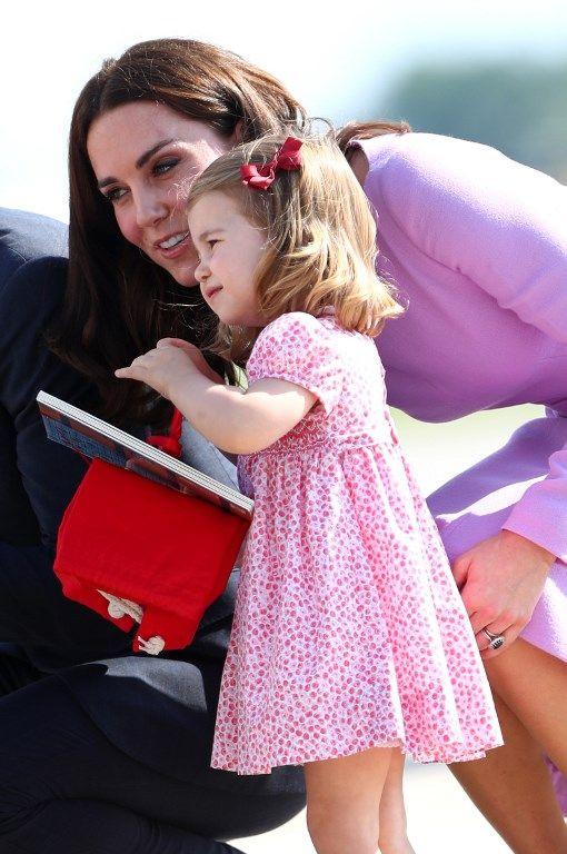 Âgée de deux ans, la princesse Charlotte serait déjà bilingue