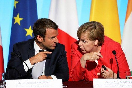 Angela Merkel à Paris : Emmanuel Macron renvoie-t-il l'ascenseur ?
