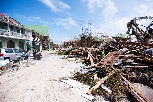 Ouragans : Irma atteint Cuba ; les Antilles menacées par Jose