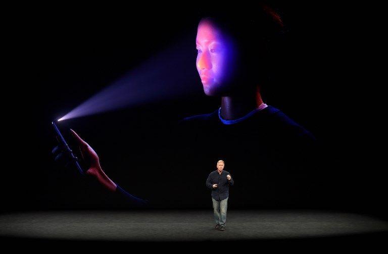 Apple présente son nouveau smartphone : l'iPhone X