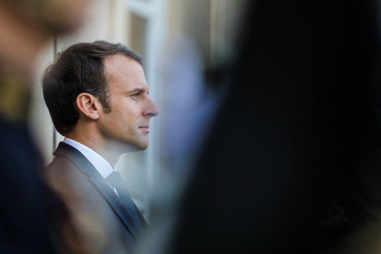Macron face aux évêques de France : entre spirituel et identitaire, le président saura-t-il transcender la contradiction entre l'aspiration à la spiritualité et celle à l'identité ?
