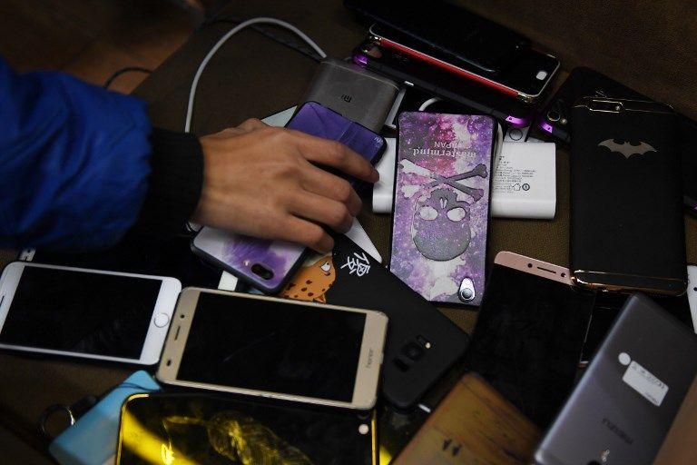 L'UFC-Que Choisir alerte sur les dangers des chargeurs de smartphones