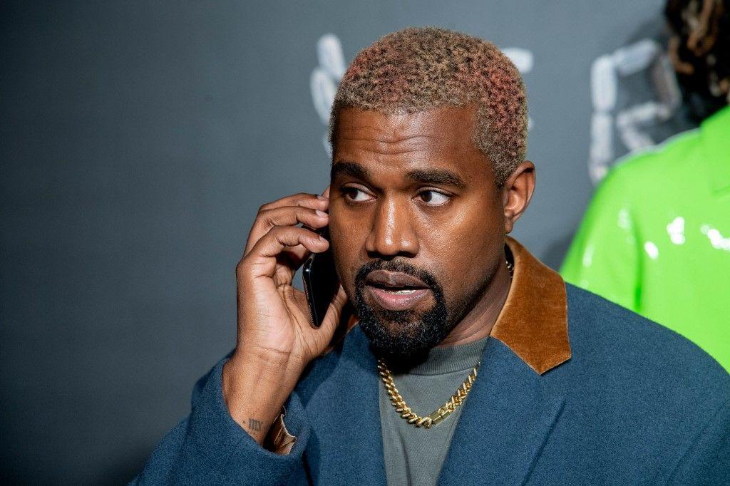 Kanye West assiste au défilé de mode Versace automne 2019 à l'American Stock Exchange Building à Manhattan le 02 décembre 2018 à New York.