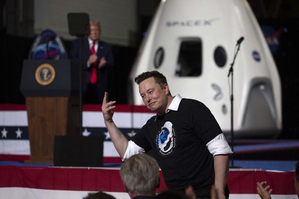 Vol habité de SpaceX : Elon Musk répond à un tacle de l'agence spatiale russe, celle-ci réplique