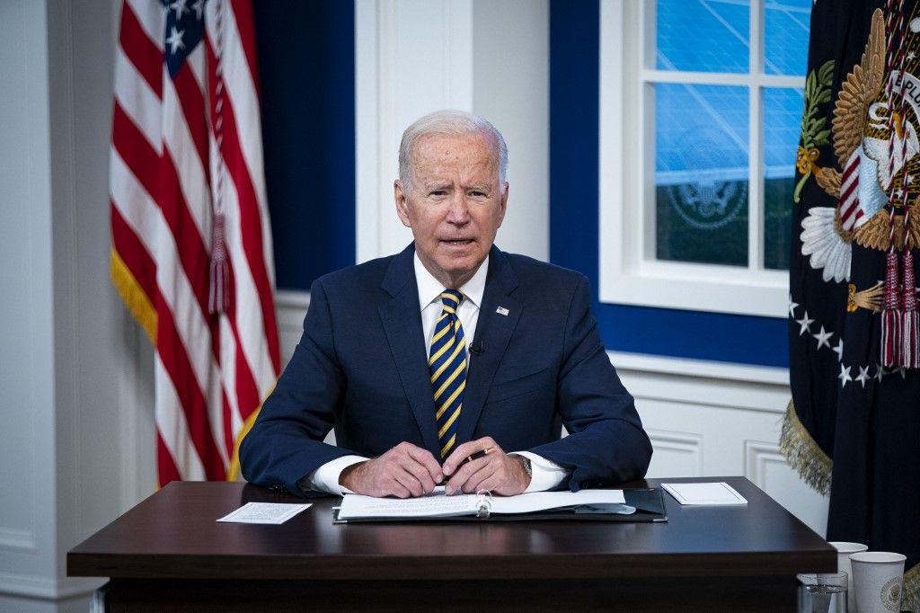 Le président Joe Biden s'exprime lors d'une conférence téléphonique sur le changement climatique, le 17 septembre 2021 à Washington.