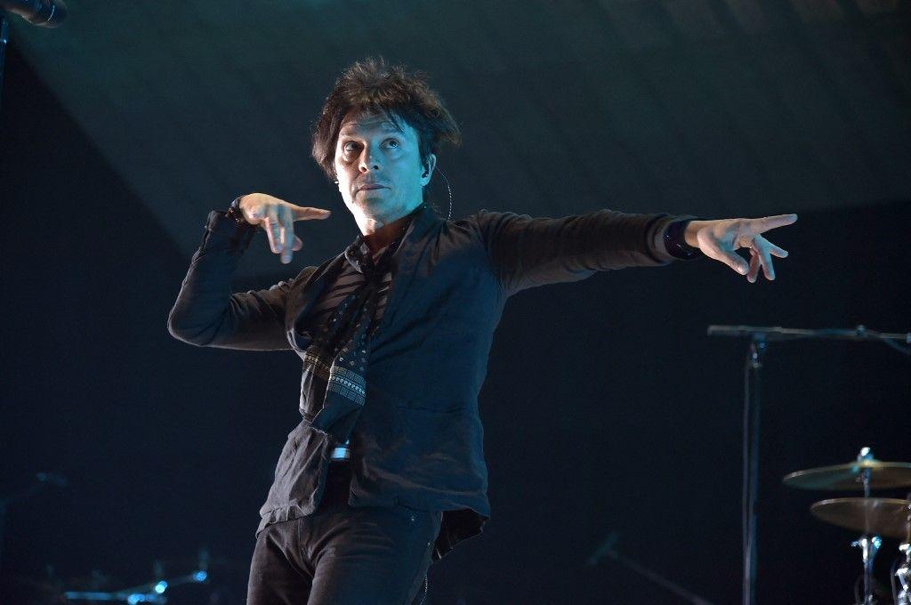 Le chanteur d'Indochine, Nicola Sirkis.