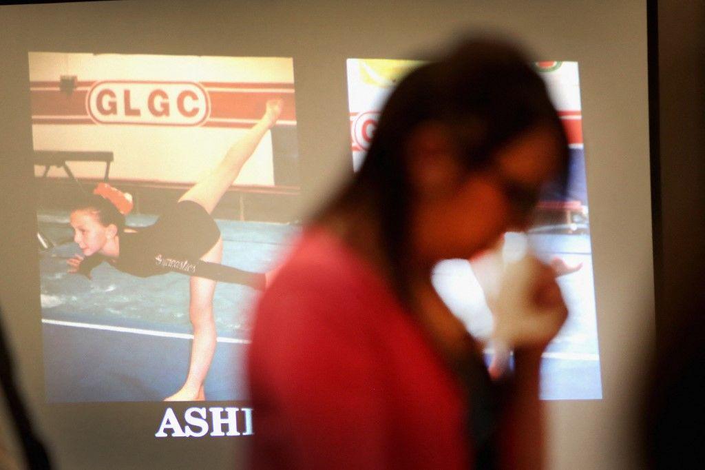Une photographie prise à Lansing le 16 janvier 2018 lors du procès de Larry Nassar, accusé d'avoir agressé une centaine de jeunes femmes alors qu'il était médecin pour l'équipe américaine de gymnastique et Michigan State University.