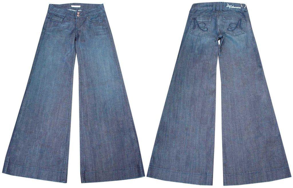 Finis les jeans étroits, les pattes amples font leur grand retour