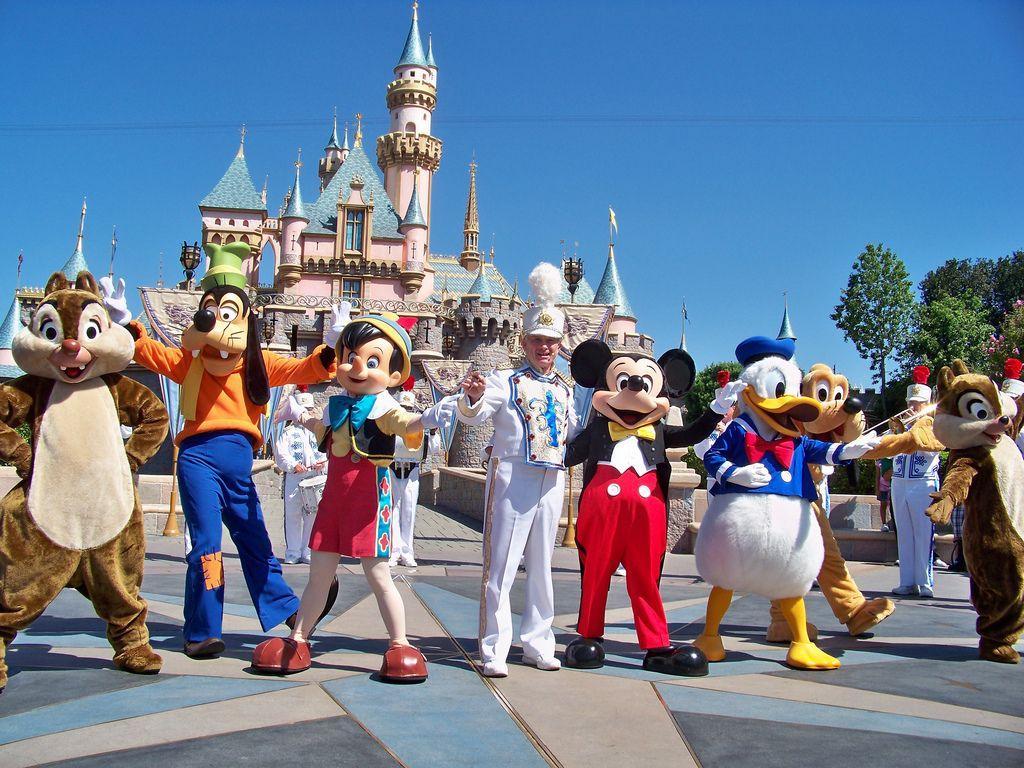 """Disneyland Paris refuse une activité """"princesse"""" à un petit garçon avant de s'excuser"""
