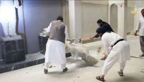 L'Etat islamique a détruit des oeuvres datant de l'Antiquité à Mossoul