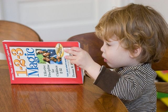 Education : tous les secrets pour donner à votre enfant l'envie de lire et écrire