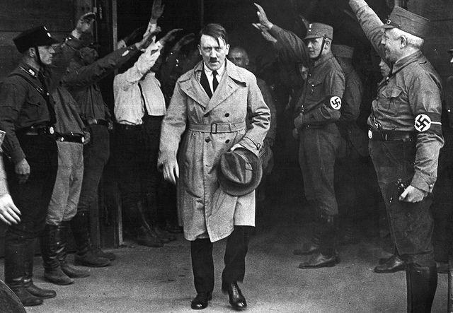 """""""En 1942, Adolf Hitler trouvait déjà certaines vertus au djihad islamique"""""""