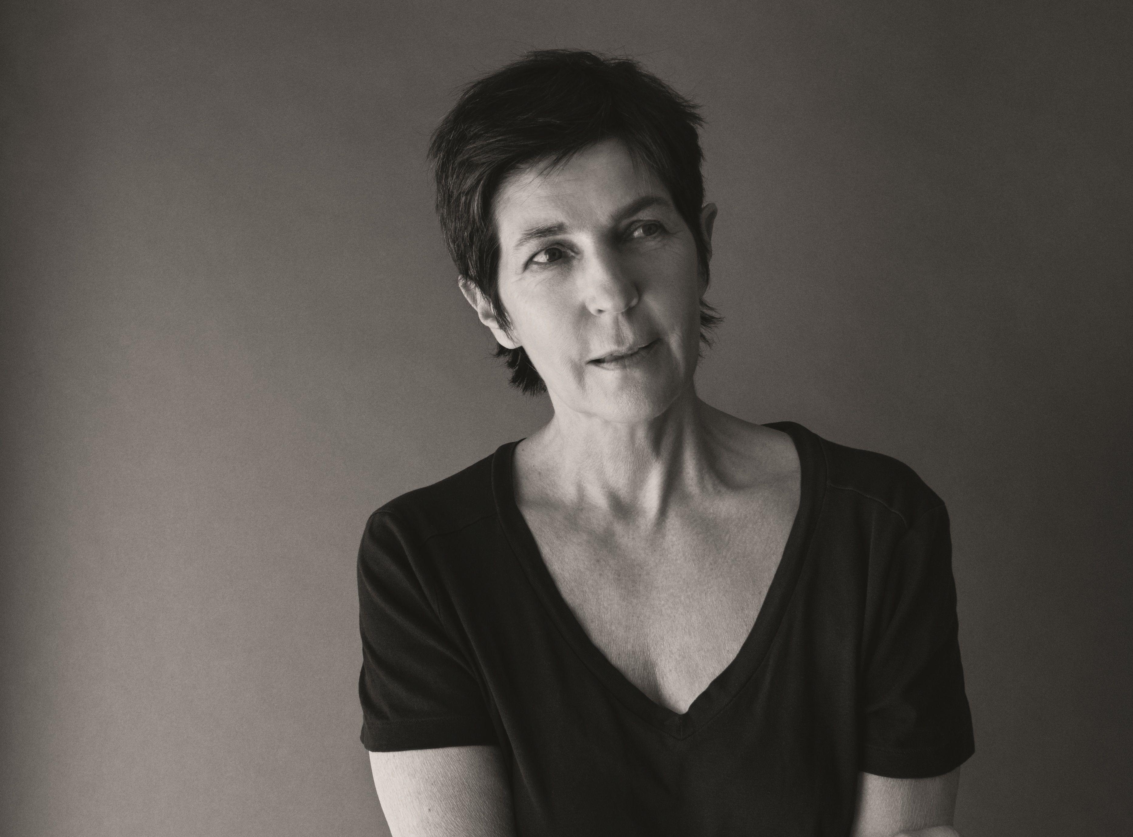"""Christine Angot vient de publier """"Le Voyage dans l'Est"""" (Flammarion)."""