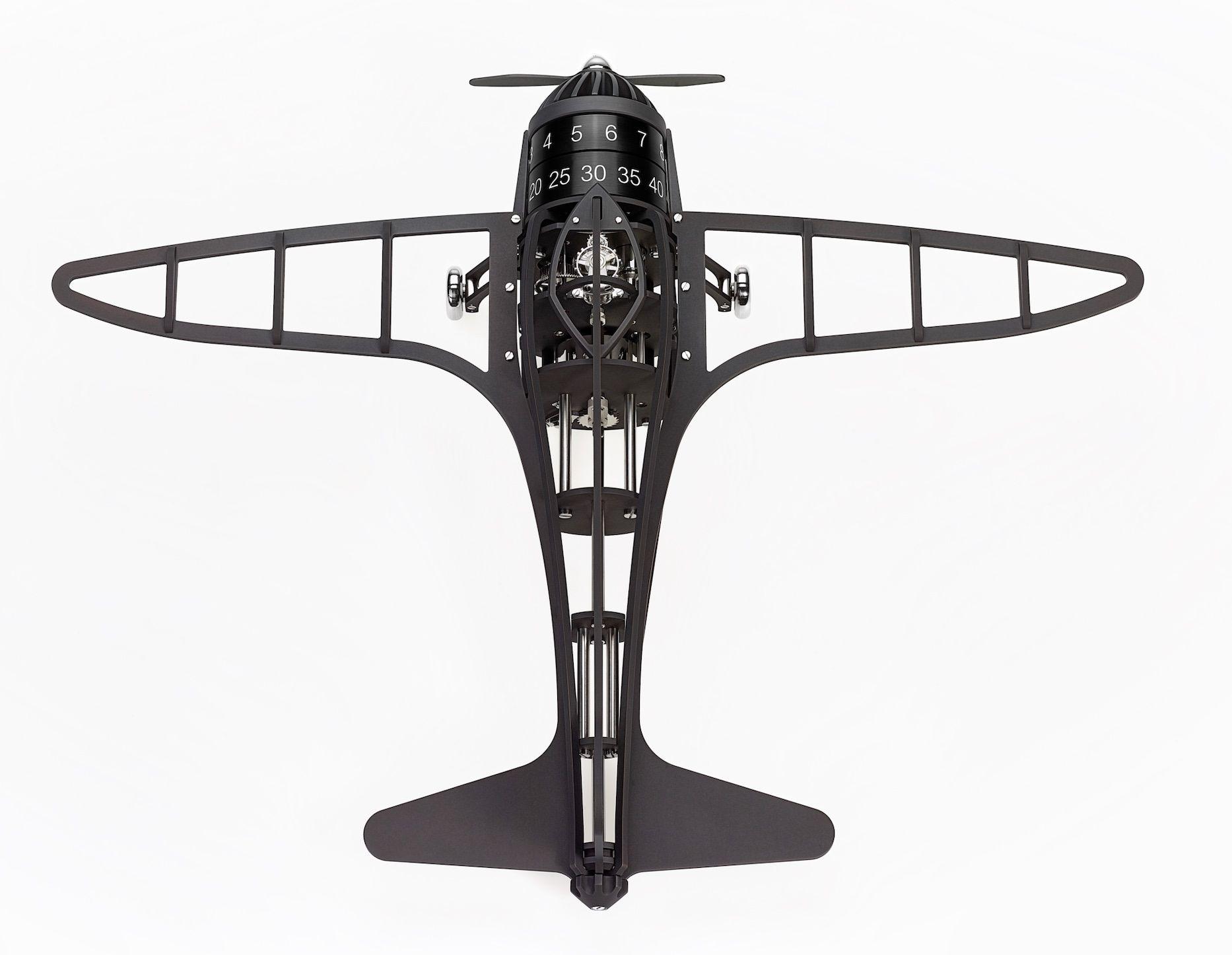 Un avion furtif qui ne vole qu'au fil des heures et des minutes (L'Épée)…
