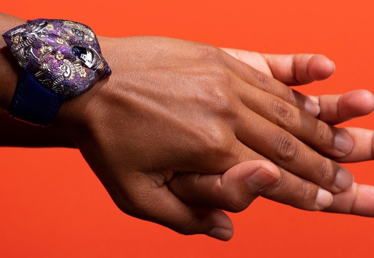 Quand la rose d'Inde fusionne ses ors et quand le bronze éclate les compteurs : c'est l'actualité octobrale des montres