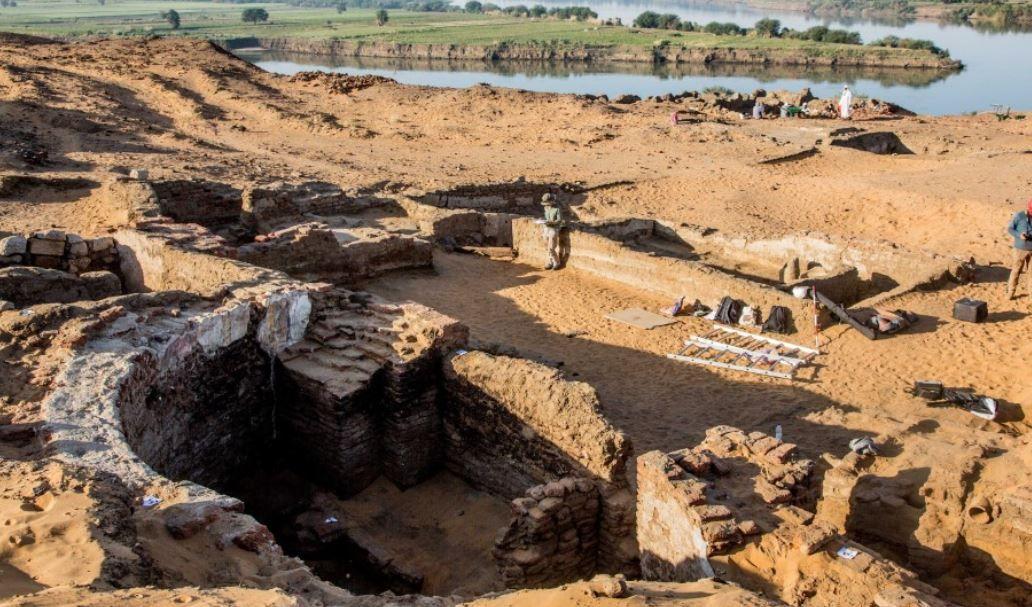 Des vestiges de la cathédrale de Dongola.