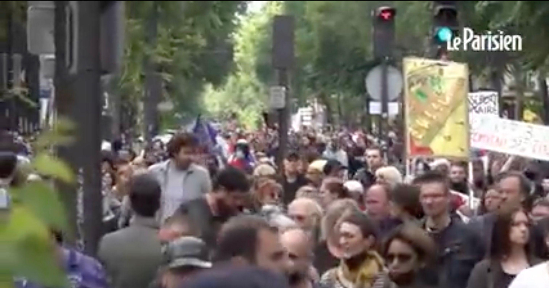 À Paris et dans toute la France ont eu lieu des manifestations contre le pass sanitaire
