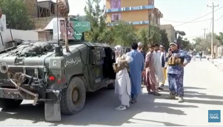 Les Talibans progressent dans tout le pays.