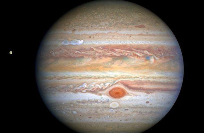 Jupiter compte désormais 80 satellites naturels référencés.