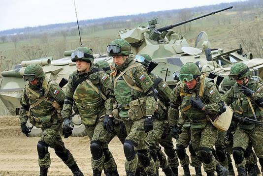 Aprés l'OTAN, Moscou annule ses manoeuvres militaires