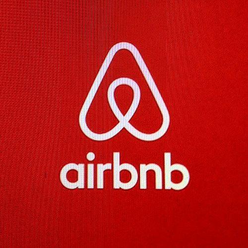 Airbnb a payé 92 944 euros d'impôts en France en 2016