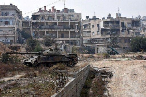 """Syrie : Alep bientôt reprise par les forces d'Assad, l'ONU très """"préoccupée"""" par des """"atrocités"""" commises sur des civils"""