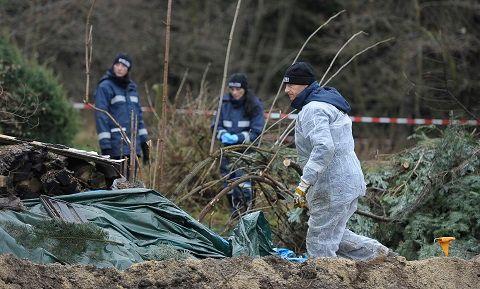 Les restes de la victime avait été découverts dans le jardin du domicile du policier à Hartmannsdorf-Reichenau.