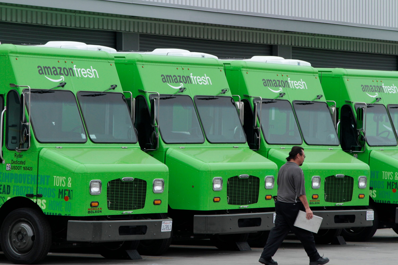 Camions de livraison d'Amazon.