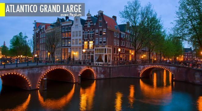 Amsterdam, la capitale des Pays-Bas, est une destination parfaite pour fêter le Nouvel An.