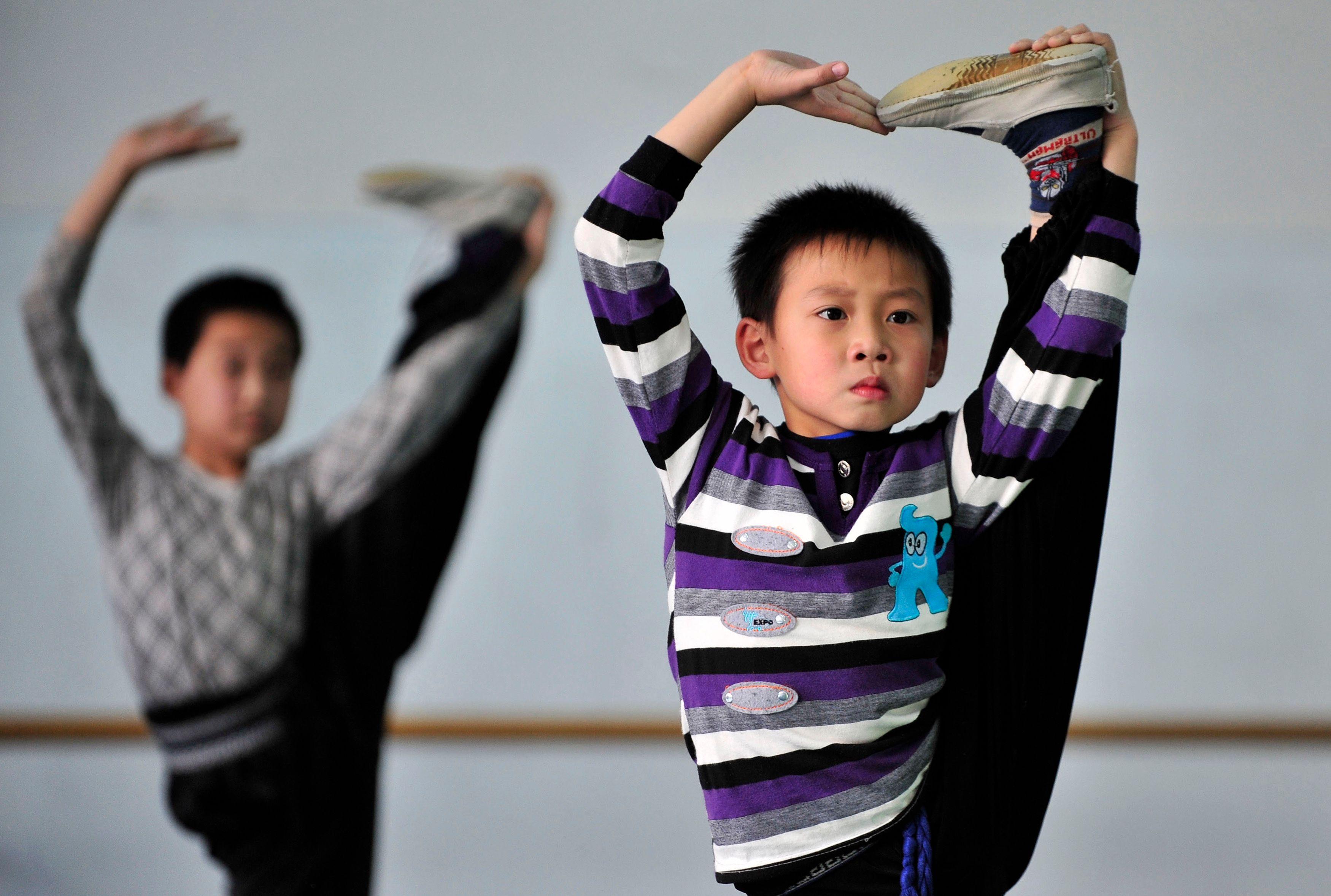 Les parents de nombreux pays asiatiques dépensent 7 fois plus que les Français pour le soutien scolaire à leurs enfants : devrions-nous les imiter ?