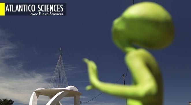 Depuis le 6 avril 2014, des images récemment saisies par le rover Curiosity alimentent les spéculations sur Internet.