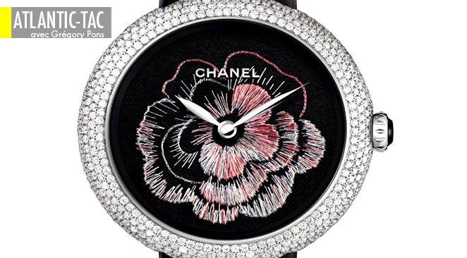 Récompensée par le Prix des métiers d'art au récent Grand Prix d'horlogerie de Genève, il s'agit de la première montre brodée en cinq siècles de tradition mécanique. On peut admirer le sertissage autant que le travail de « peinture à l'aiguille », réalisé