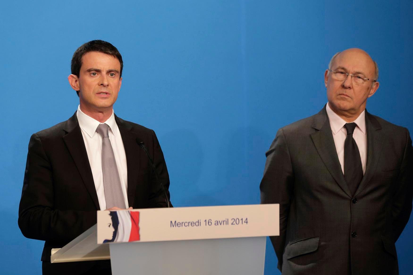 50 milliards d'économies : Manuel Valls demande des efforts aux fonctionnaires et ne revalorise pas les prestations sociales jusqu'en octobre 2015