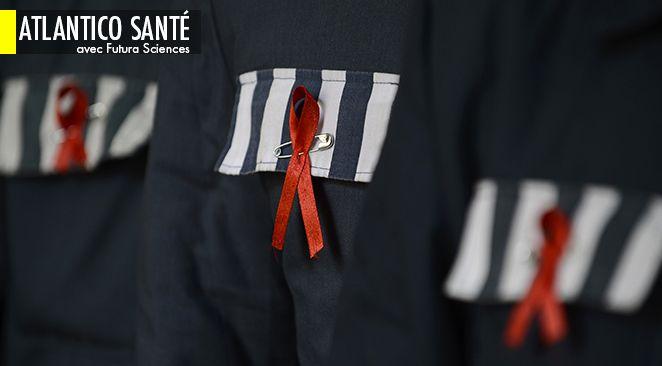 Les autotests, qui permettent à toute personne de savoir en quelques minutes si elle est porteuse du virus du sida (VIH), seront disponibles en pharmacie en France à partir du 1er juillet 2015.