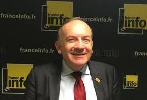 """Pierre Gattaz - Medef : """"Les gens qui nous gouvernent ne connaissent pas la souffrance des chefs d'entreprise"""""""