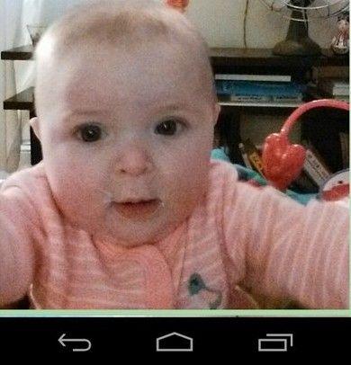 L'ingénieur Matthew Pegula a mis au point une application spécifiquement de selfie pour les bébés.
