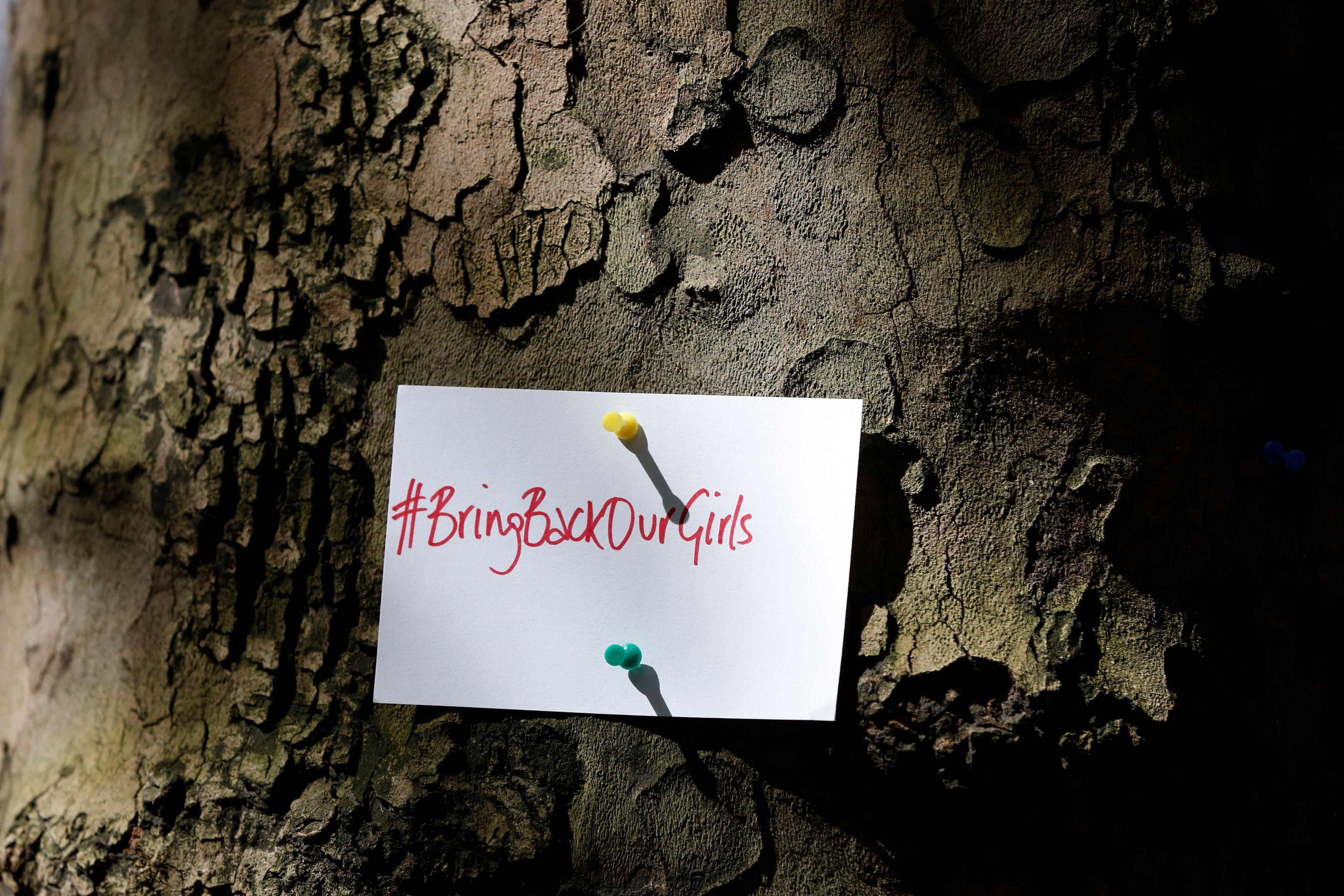 """Le hastag """"Bringbackourgirls"""" qui mobilise les réseaux sociaux contre l'enlèvement des jeunes filles par Boko Haram."""