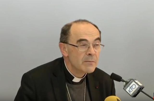 Église : le cardinal Barbarin aurait été prévenu de comportements pédophiles dès 2005
