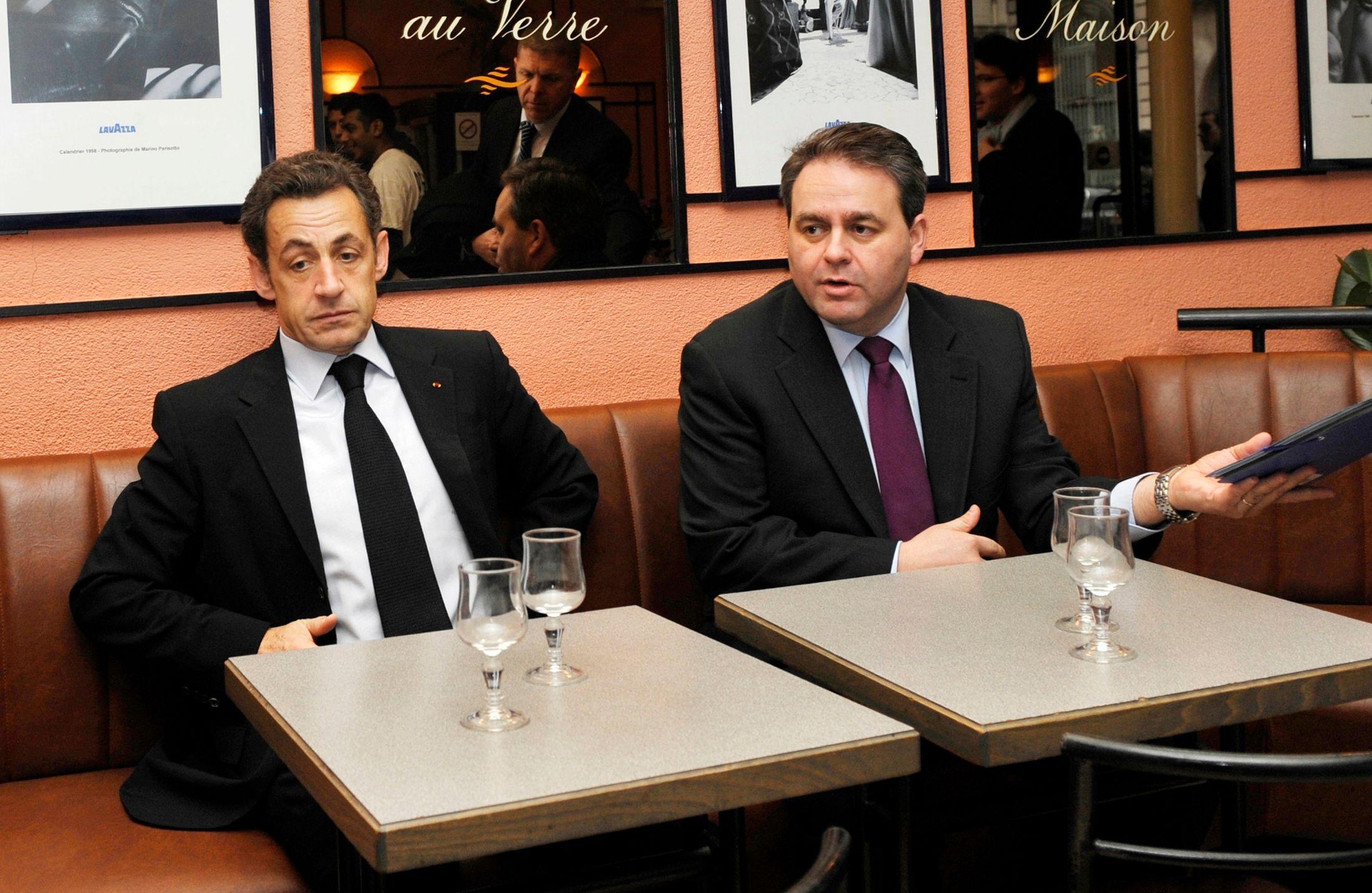 Xavier Bertrans et Nicolas Sarkozy.
