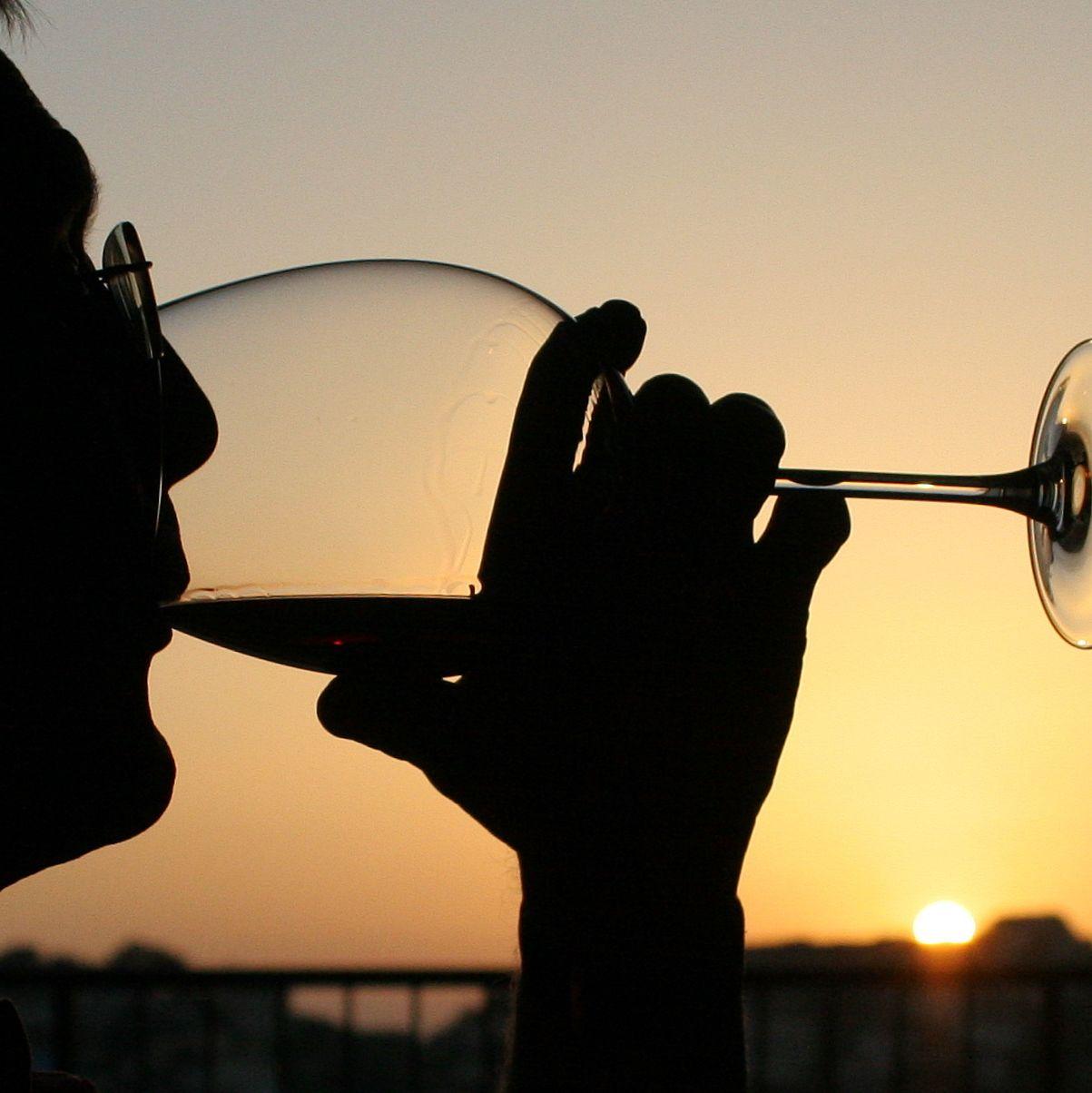 Envie de tenter un mois de janvier sans alcool ? Voilà ce que l'arrêt de la boisson fait vraiment à notre corps
