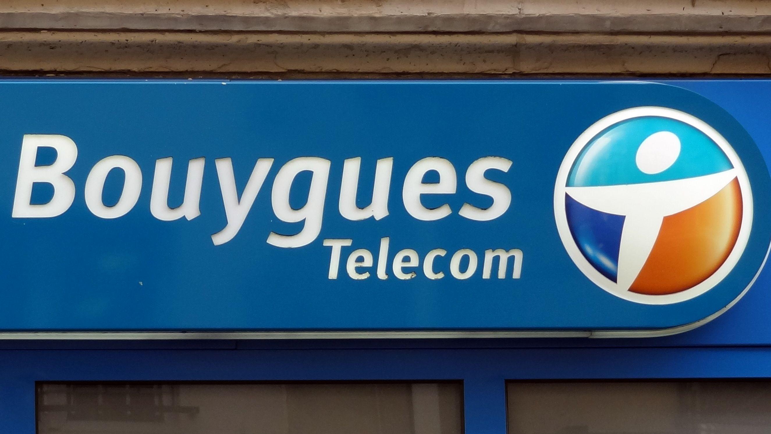 Bouygues Telecom a dévoilé mercredi une offre triple-play (Internet, téléphonie fixe, télévision) à 19,99 euros par mois.