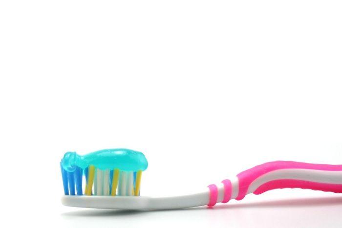 Un tube de dentifrice qui permet ne plus en gaspiller une goutte
