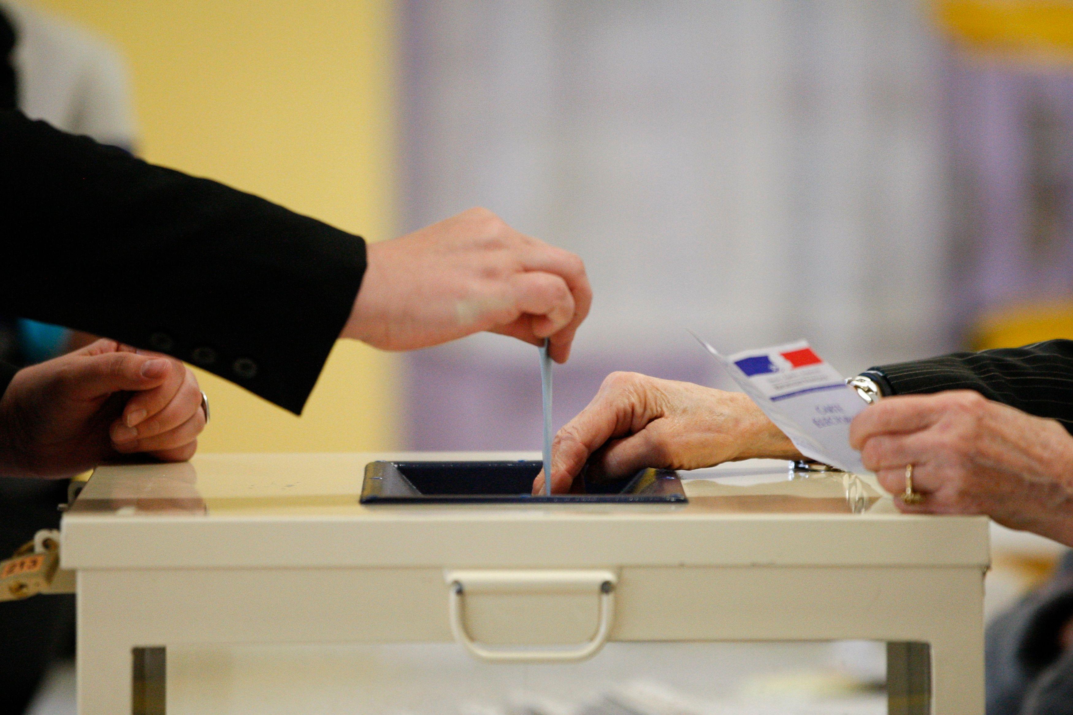 Les prochaines élections vont maintenir la France dans l'immobilisme pendant six mois.