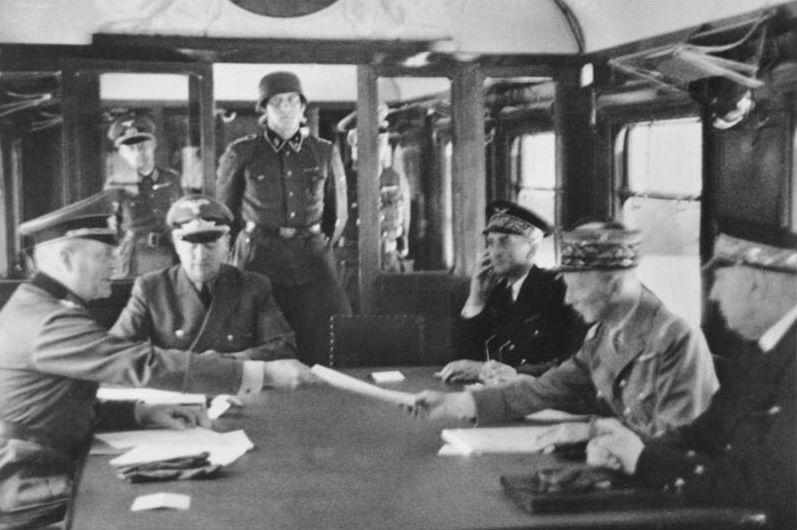 Mais que s'est-il réellement dit les 21 et 22 juin 1940 dans la clairière de Rethondes ? L'armistice franco-allemand vu de l'intérieur