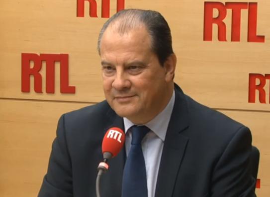Jean-Christophe Cambadélis propose de débattre avec Nicolas Sarkozy