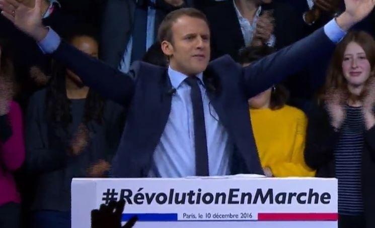 Cote de confiance : Macron en tête, Hollande monte, Fillon baisse