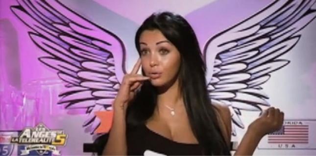 Nabilla, la star des Anges de la télé-réalité, part à la conquête du PAF.