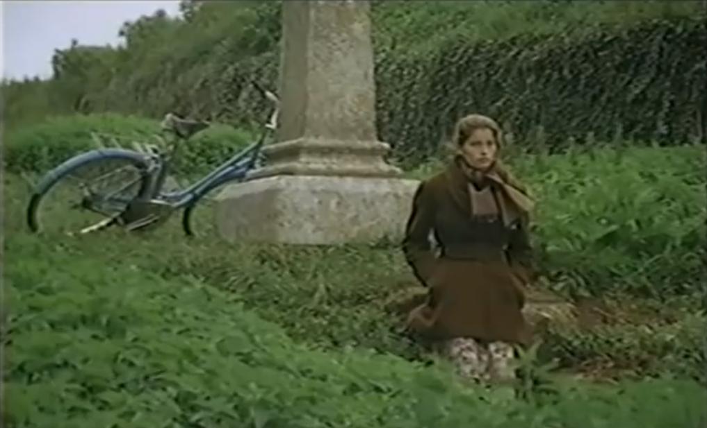 """Laëtitia Casta, dans """"La bicyclette bleue"""""""