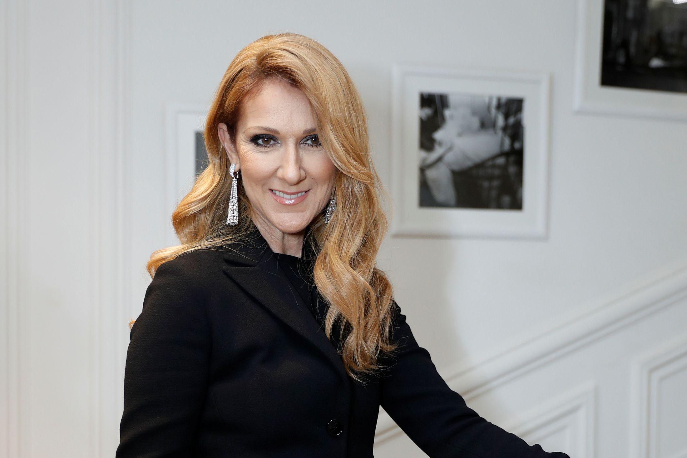 Petit à petit, Céline Dion reprend goût à la vie.